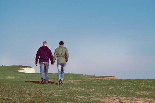 Kas lahuselu või lahutus on keerulisem, kui teie partner tuleb välja geidena?