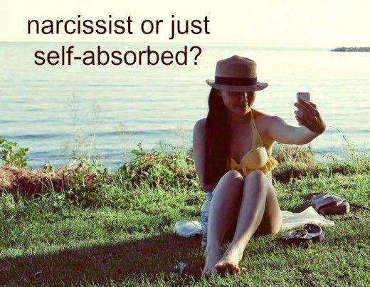 7 maneres de saber si el vostre soci és narcisista o simplement s'absorbeix a si mateix